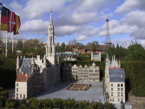 How to visit Belgium in Europe ?